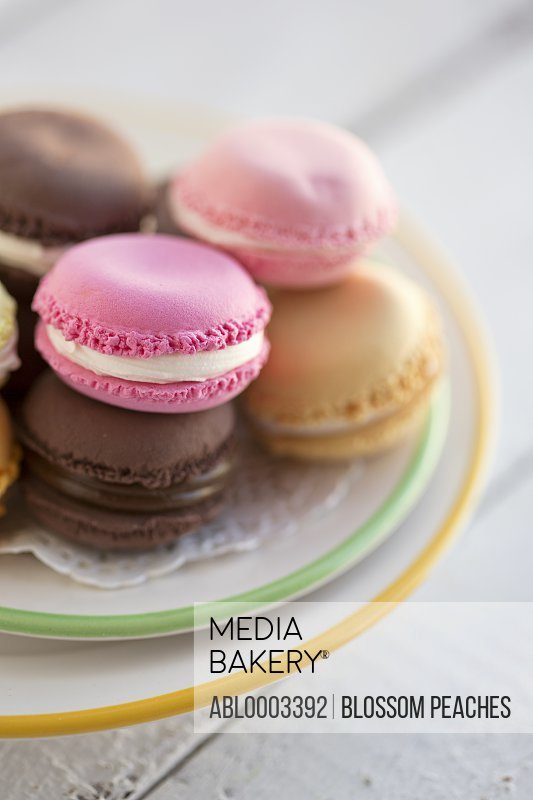 Macaroons with Cream and Chocolate Filling