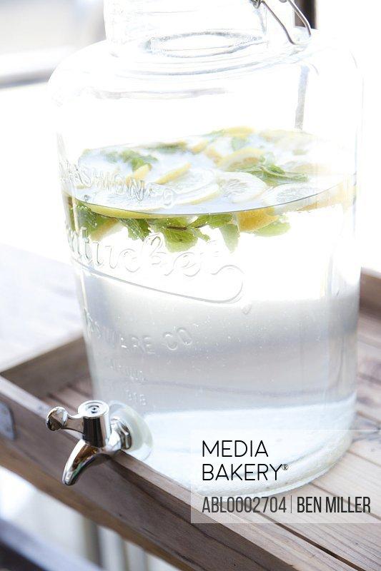Lemonade Glass Jar Dispenser