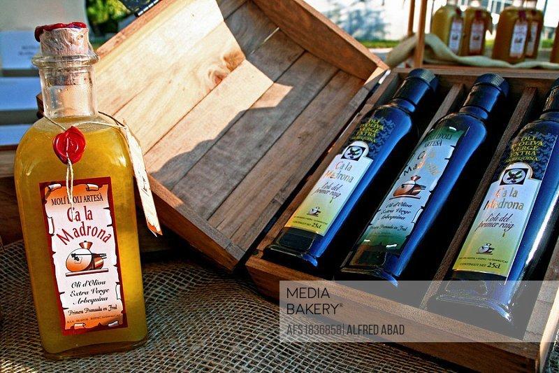 Virgin olive oil kit bottles.