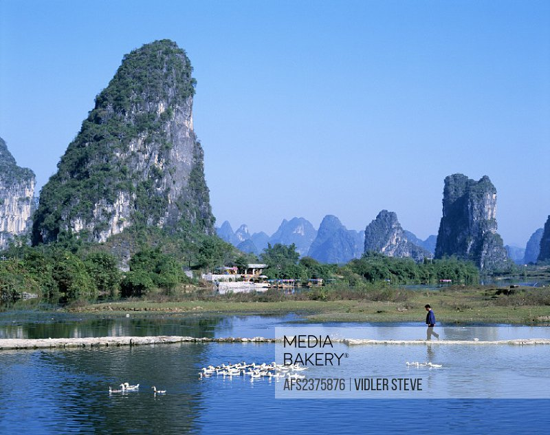 Asia, China, Guangxi, Guilin, Holiday, Landmark, Limestone, Mountains, Province, River, Scenery, Tourism, Travel, Typical, Vacat