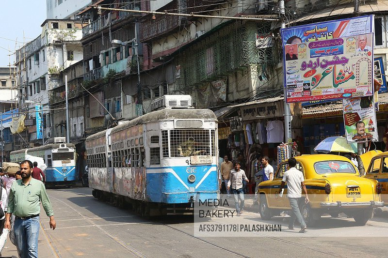 India, 19 February 2016. Barabazaar Road traffic West Bengal, Kolkata.