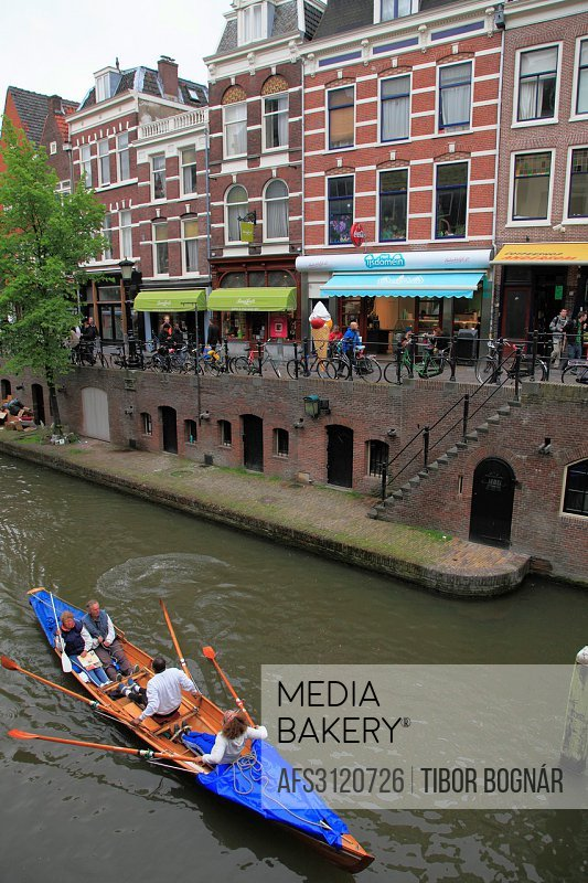 Netherlands, Utrecht, canal scene, rowboat, people,.
