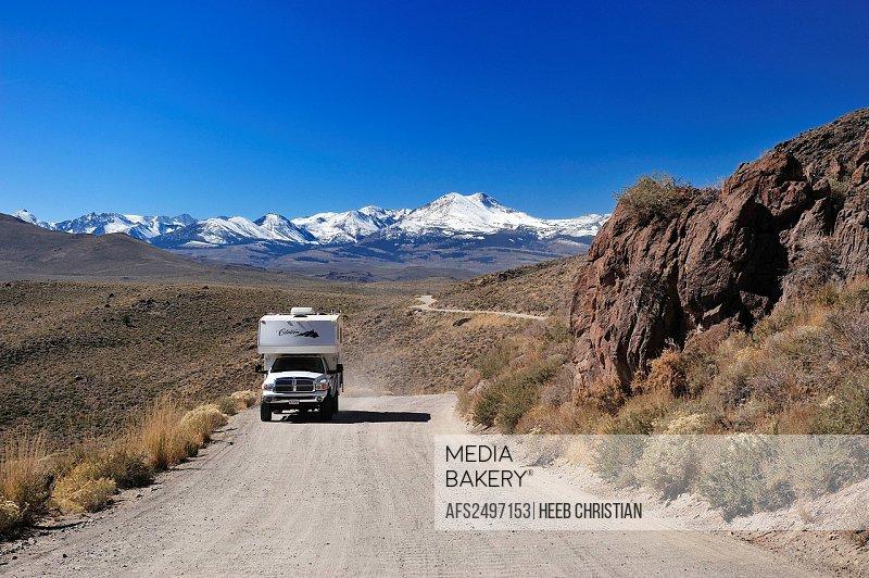Pickup, Truck, road, Camper, travel, holidays, near Lee Vining, Sierra Nevada, Mountains, California, USA, United States, America,