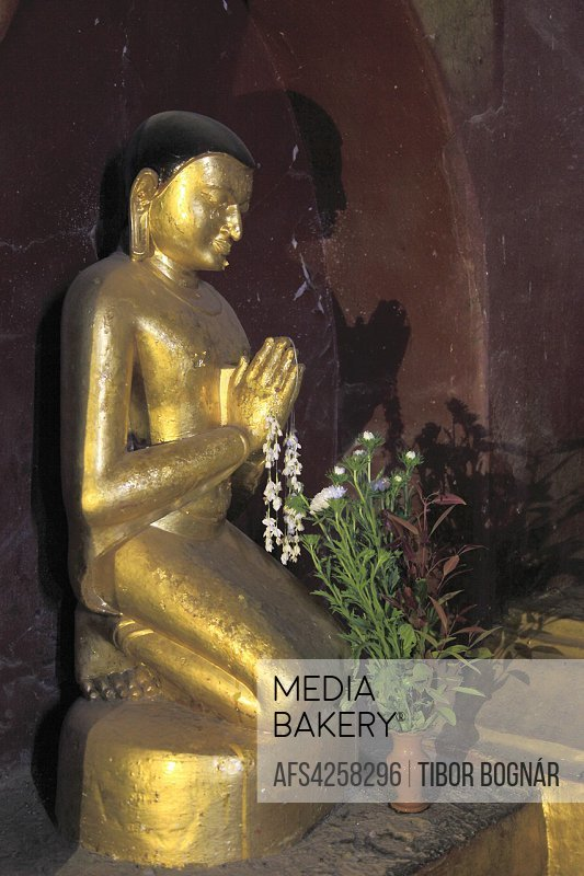 Myanmar, Burma, Bagan, Ananda Temple, interior, statue,.