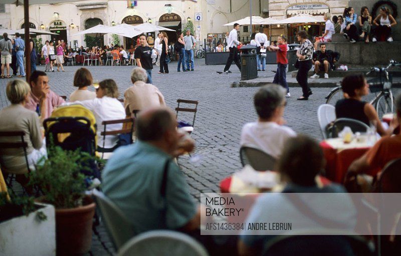 Campo dei Fiori is a local favourite for after work drinks in Rome. The social aspect of meeting friends and family for drinks and lively discussion i...