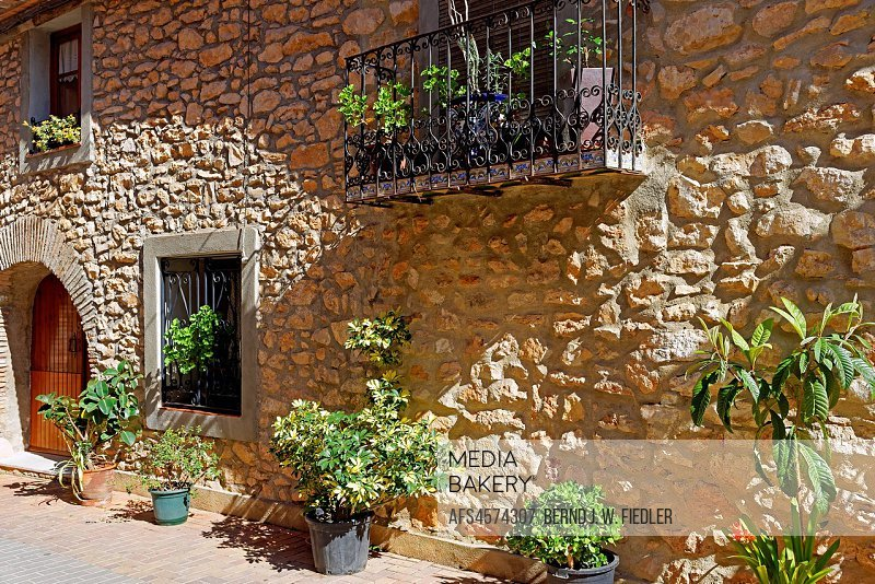 Spain, Valencia, Torreblanca, Carrer voucher airs, house, typically, natural stone, architecture, building, place of interest, tourism, street, tradit...