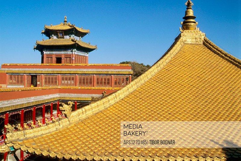 Putuozongshengzhi Miao (Temple of the Potaraka Doctrine), Chengde. Hebei province, China