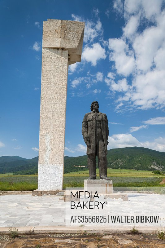 Bulgaria, Central Mountains, Kazanlak, nameless monument to revolutionary leader in Rose Fields.
