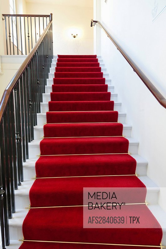UK, United Kingdom, Great Britain, Britain, England, London, Kensington, Kensington Palace, Palace, Palaces, Interior, Stairs, Staircase, Red Carpet, ...
