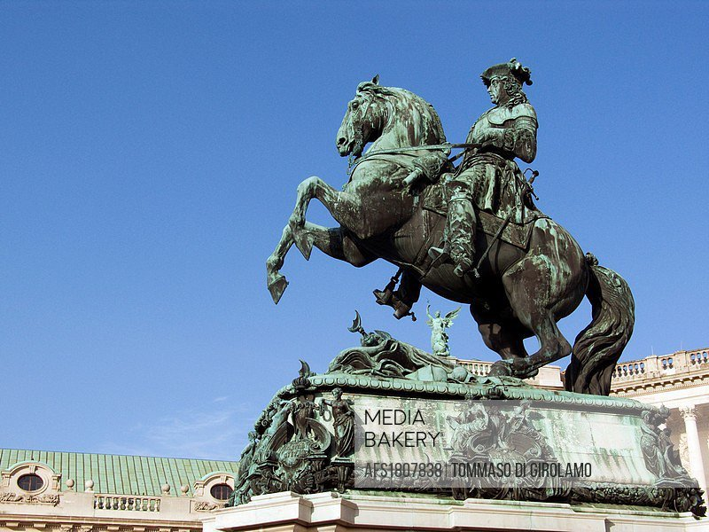 Austria, Vienna, Hofburg, Heldenplatz Heroes Square, Equestrian monument of Prince Eugene of Savoy