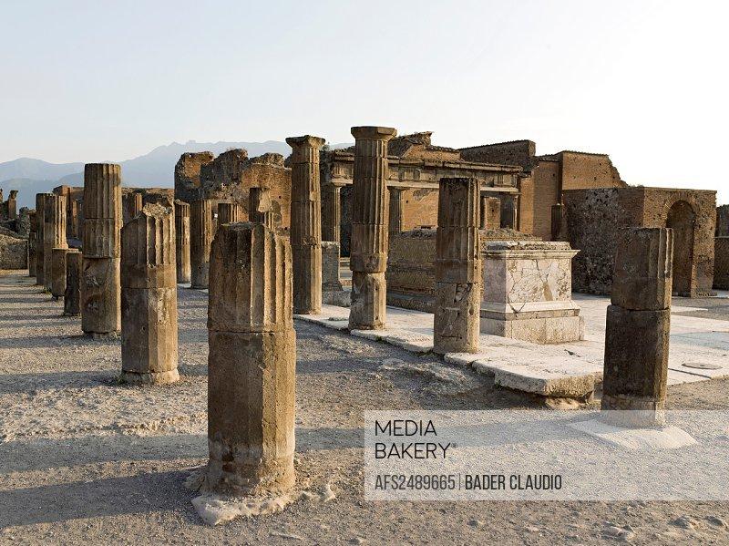 Italy, Pompei, archeology, columns, Roman, antiquity