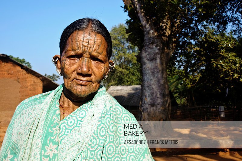 Woman belonging to the Kutia Kondh tribe ( Odisha state, India).