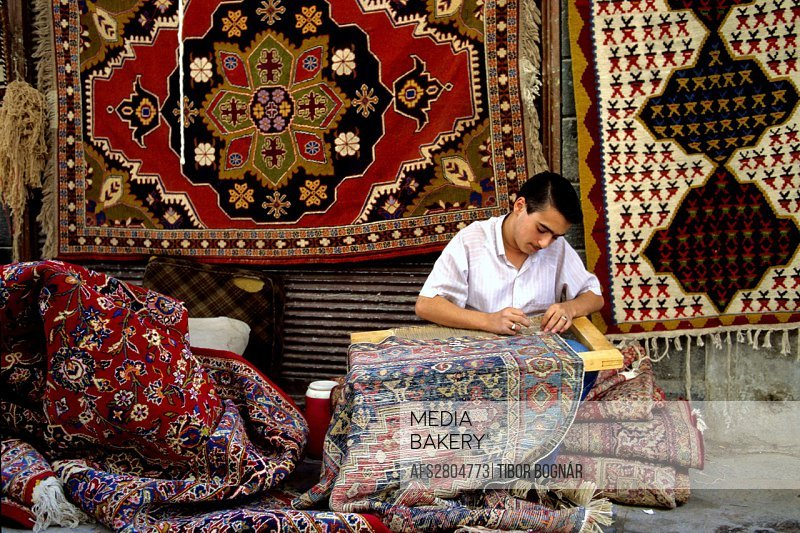 Syria Aleppo carpet maker