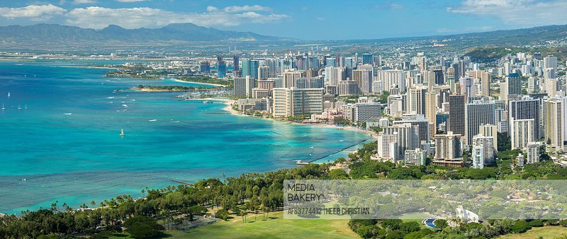 USA, Hawaii, Oahu, Honolulu, Waikiki, panoramic image from Diamond Head