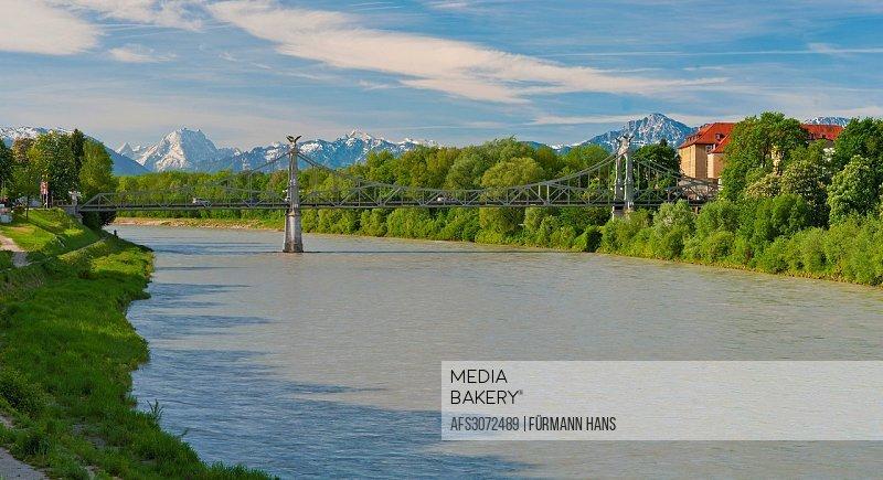 Bavaria, Germany, Upper Bavaria, Berchtesgaden Area, Berchtesgaden, sky, blue sky, Laufen, Oberndorf, Rupertiwinkel, water, river, flow, flows, bridge...