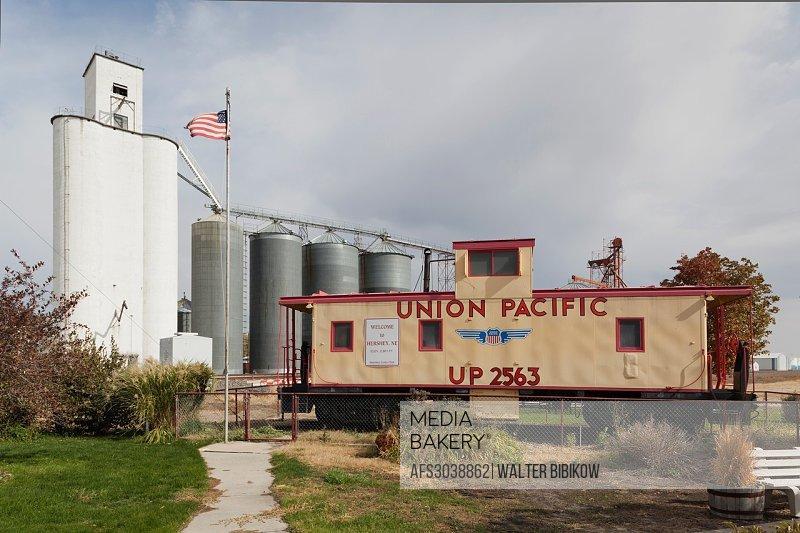USA, Nebraska, Hershey, grain elevator