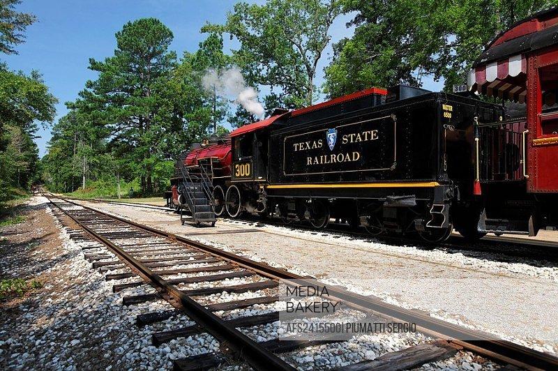 Rusk, USA, America, North America, Texas, Texas State Railroad, TSRR, Steam engine 300, railroad engine, historically,