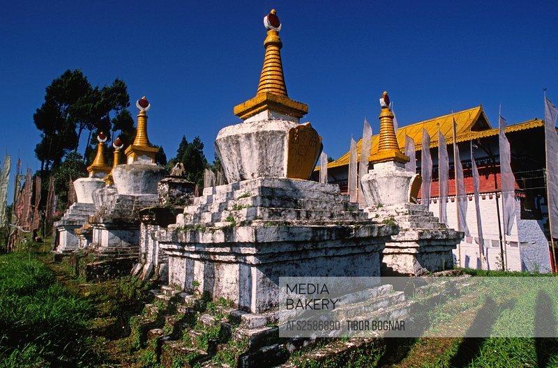 kula buddhist personals Kuala lumpur (/ ˈ k w ɑː l ə ˈ l ʊ m p ʊər, -p ər / malaysian: [ˈkwalə ˈlumpʊr]), officially the federal territory of kuala lumpur (malay: wilayah persekutuan kuala lumpur), or commonly known as kl, is the national capital of malaysia as well as its largest city.