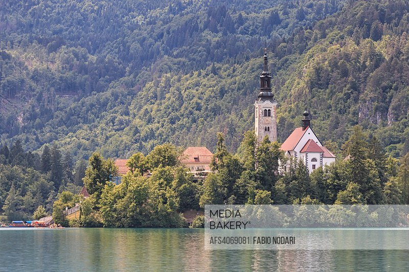 Cerkev Marijinega vnebovzetja Church in the Island in the center of Lake Bled.