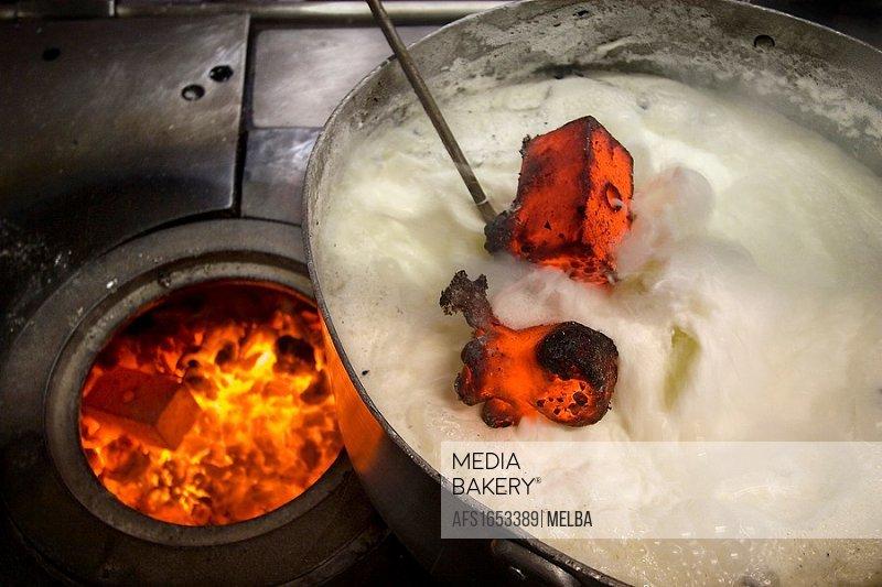 Making curd  Navarra  Spain