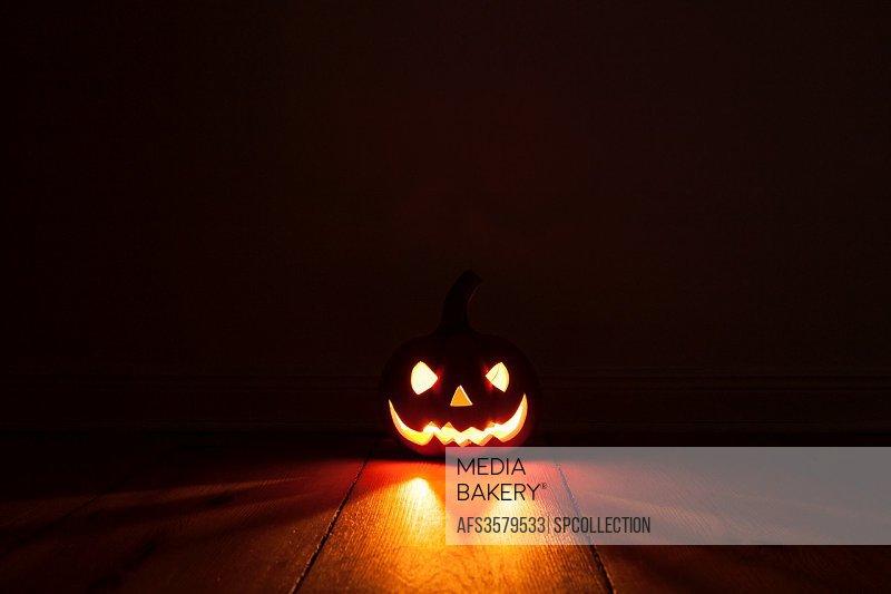 illuminated calabash for halloween.