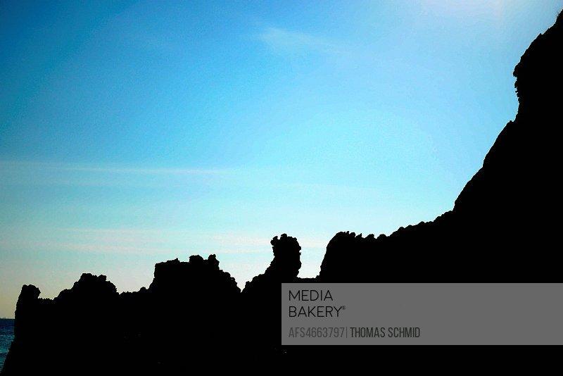 The main beach on Island 115 is hemmed in by bizarre rock formations. - Mergui Archipelago (Boulder Island, Island 115, Shark Island, Ba Wei Island), ...