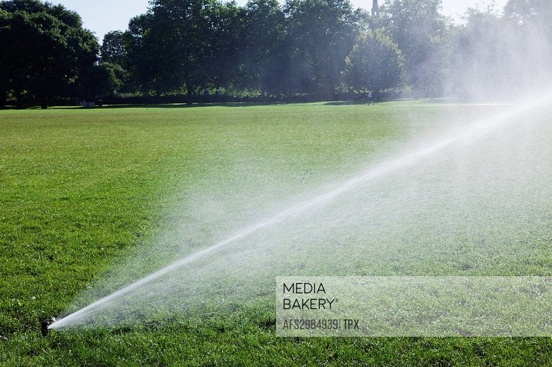 England, London, Regents Park, Watering System