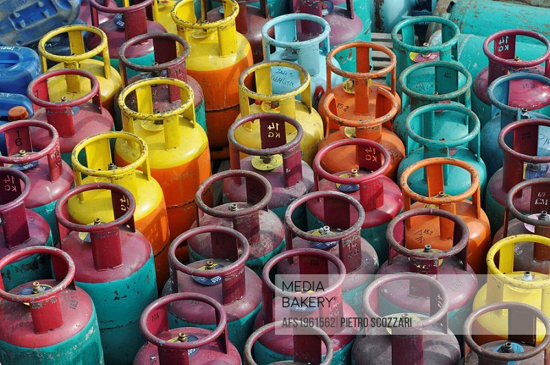 Tioman (Malaysia): gas cylinders at Salang Beach