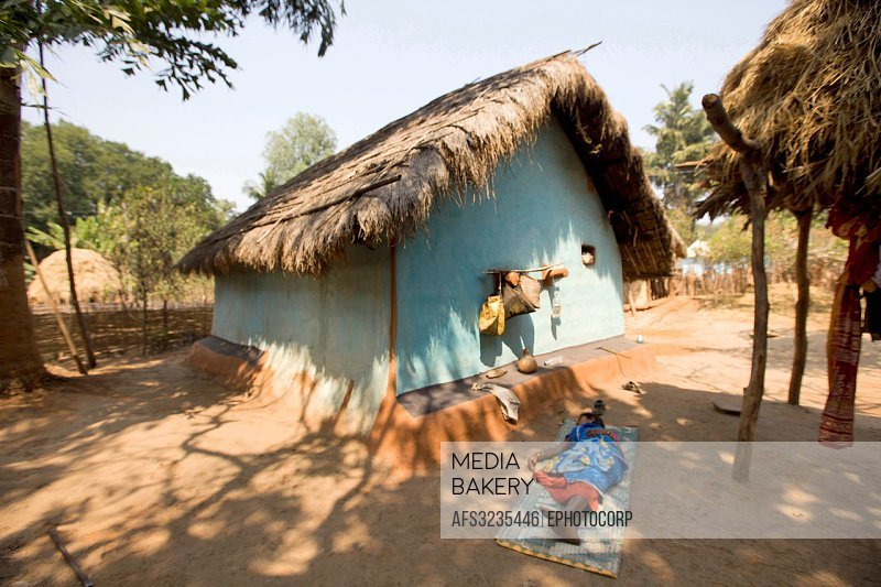 Mediabakery - Photo by Age Fotostock - Tribal house and village