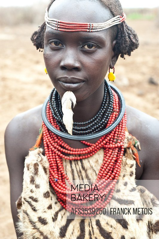 Woman belonging to the Dhasanech tribe ( Omo valley, Ethiopia).