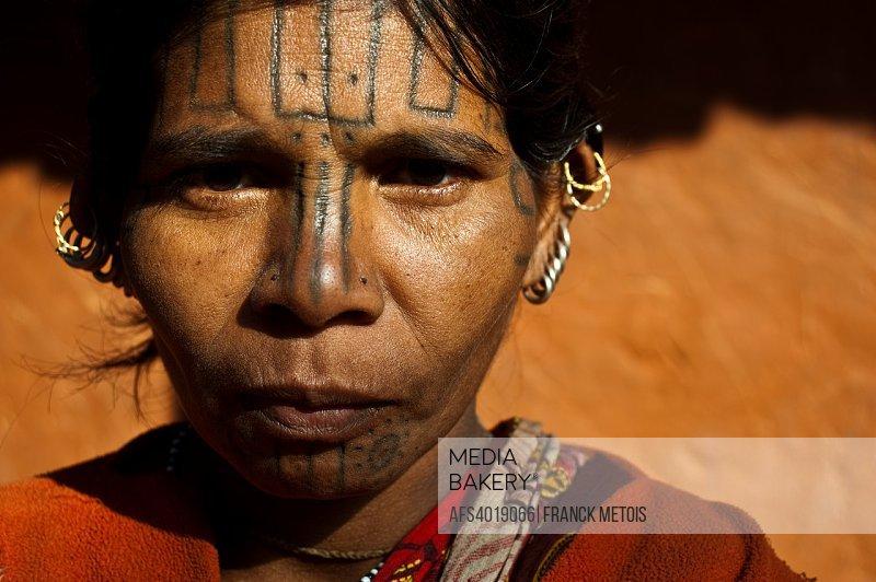 Woman belonging to the Kutia Kondh tribe ( Odisha state, India)