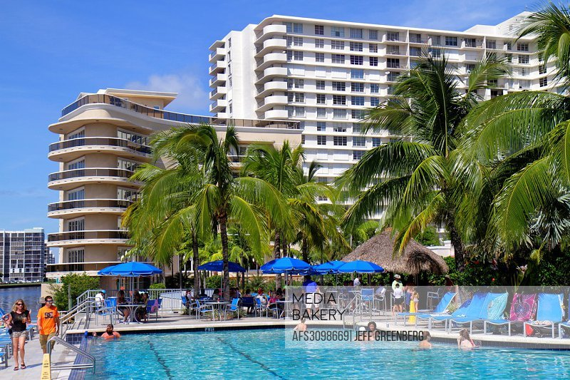 Florida Hollywood Water Crowne Plaza Beach Hotel Swimming Pool Area