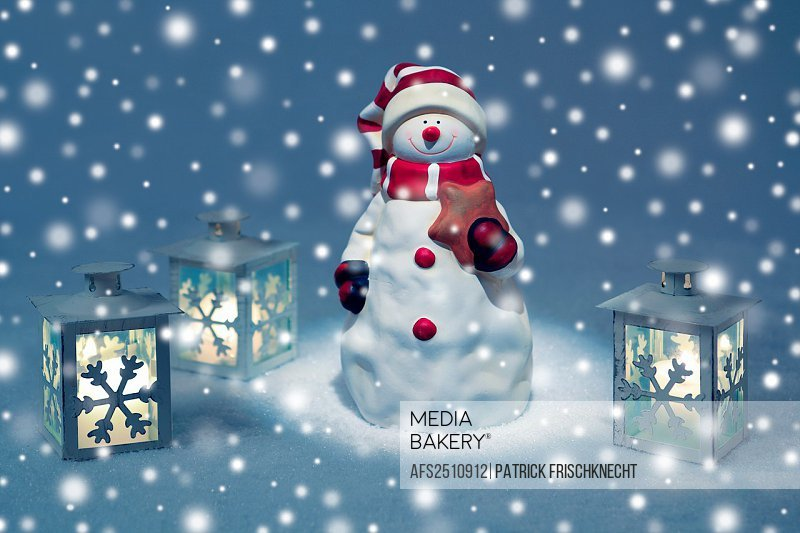 Snowman and lantern, christmas decoration