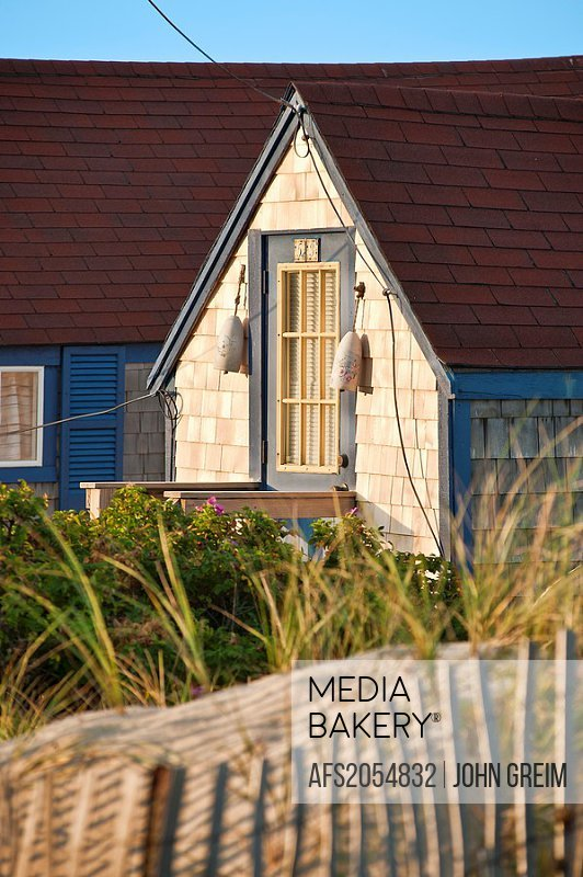 Outstanding Mediabakery Photo By Age Fotostock Quaint Beach Cottage Download Free Architecture Designs Momecebritishbridgeorg