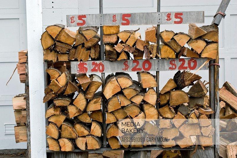 Roadside business selling campfire wood, Coos Bay, Oregon