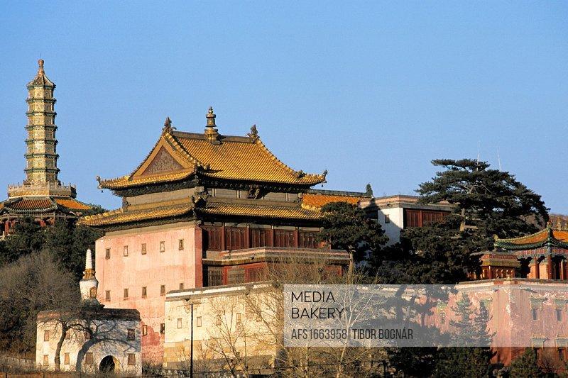 China, Hebei Province, Chengde, Temple of Happiness and Longevity, Xumifushouzhi Miao.