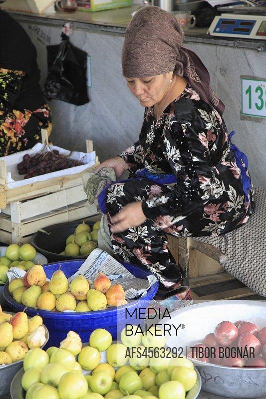 Uzbekistan; Tashkent, Chorsu Bazaar, market, food, people;.