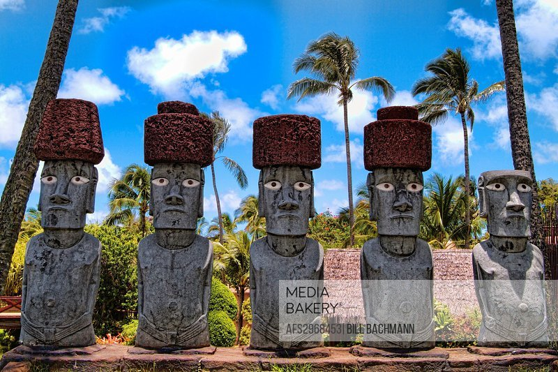 Polynesian Cultural Center in Oahu Hawaii USA Easter Island Moas