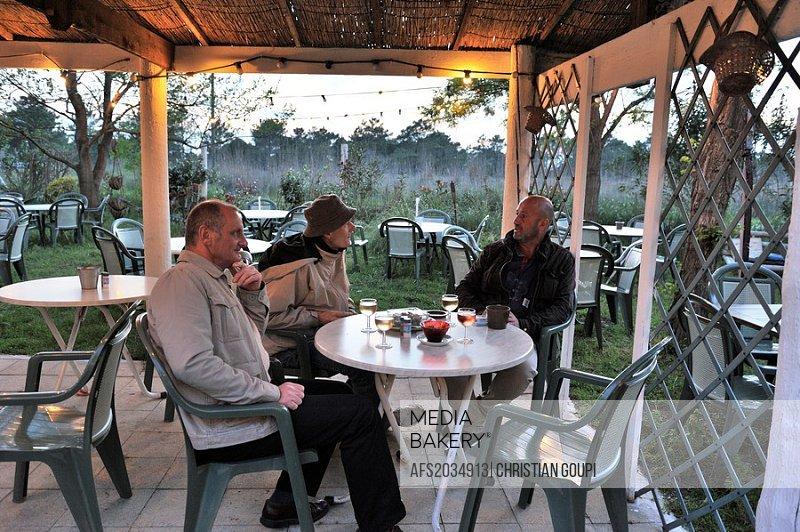 open-air cafe-restaurant Le Petit Mazet, Port-Camargue, Grau du Roi, Gard department, France, Europe