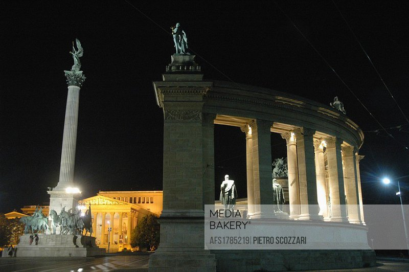 Budapest (Hungary), the Heroes Square, nighttime
