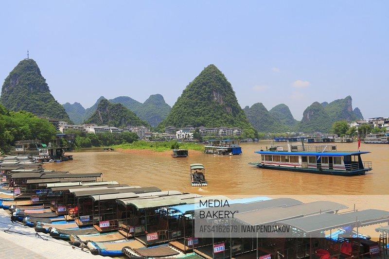 Yangshuo Town, Li River, Guangxi, China.