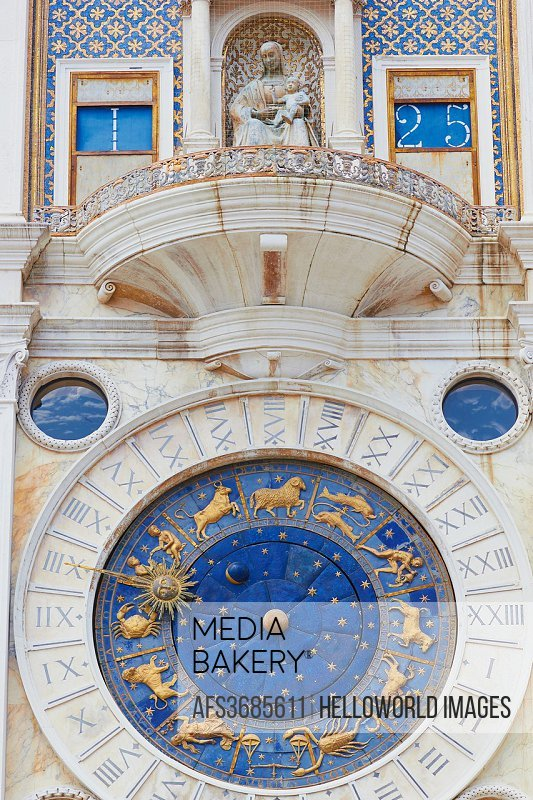 Mediabakery - Photo by Age Fotostock - Torre dell´Orologio