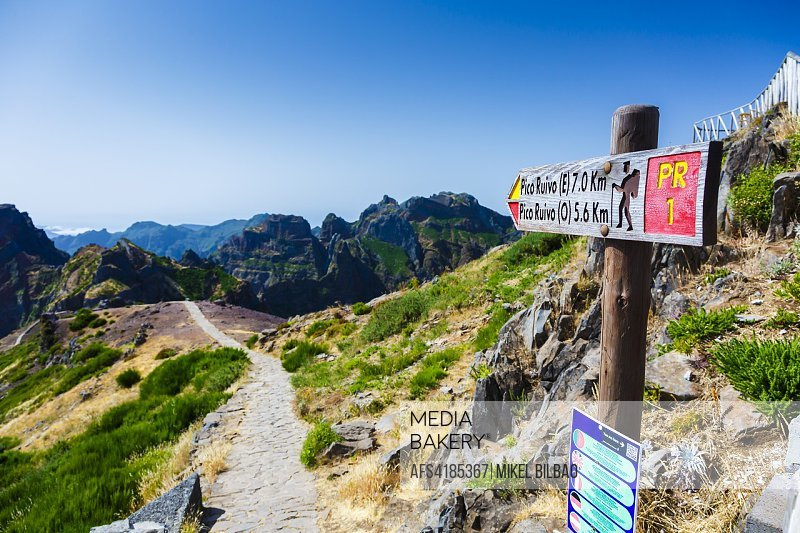 Direction signal in Pico do Arieiro area. Madeira, Portugal, Europe.