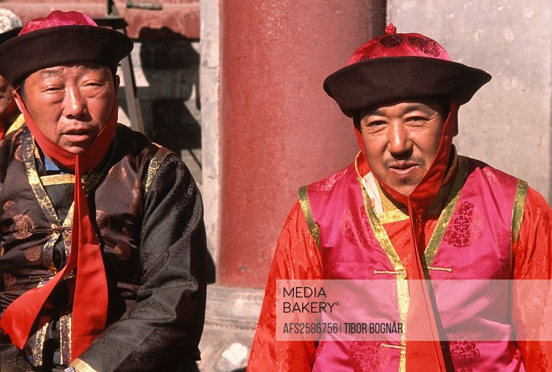 China, Hebei, Chengde, temple guardians,