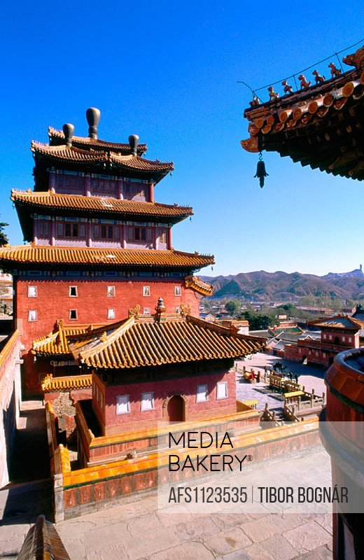Puning Si (Temple of Universal Tranquility), Chengde. Hebei province. China