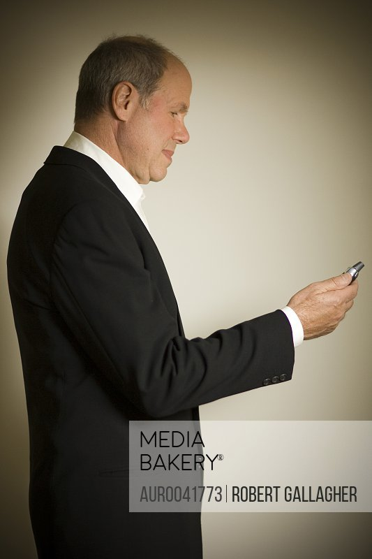 Michael Eisner, photographed at the offices of 'Vuguru'  his new web- based company, in Beverly Hills, California April 16 2007. The studio's first project, Prom Queen, will consist of 90-second shorts in 80 episodes to be distributed online, beginning in April 2007.<br><br><span style='color: red'>Editorial Use Only.</span><br><br>