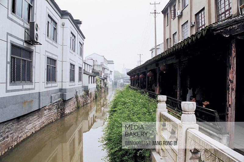 View of a house by canal, The buildings in new and old area in old Mudu Town, Mudu Town, Suzhou City, Jiangsu Province of People's Republic of China