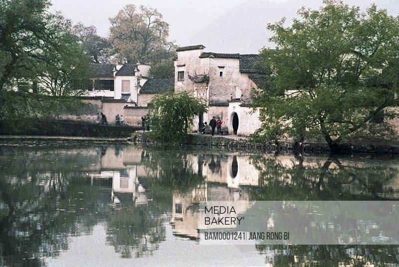 Scenery of Nanhu Lake in Hongcun Village, Yixian County, Anhui Province, PRC