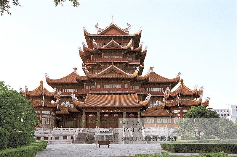 View of temple with courtyard, Construction of the Xichan Temple, Xichan Temple, Fuzhou City, Fujian Province of People's Republic of China