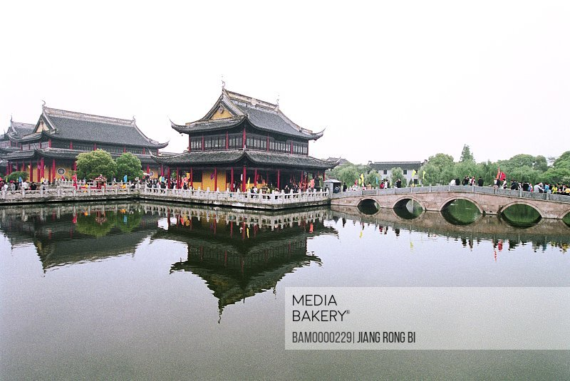 View of a reflection of shrine in lake, The scenery of Zhouzhuang's south lake, Zhouzhuang Town, Kunshan City, Jiangsu Province of People's Republic of China